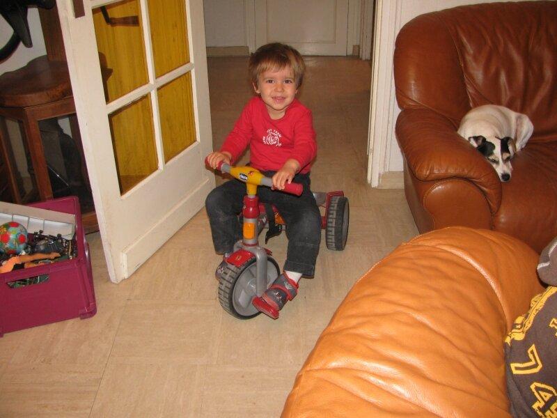 Valentin et le tricycle