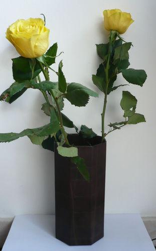 Vase cuir marron