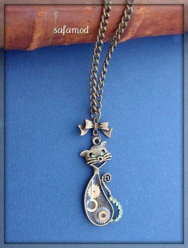 collier-collier-pendentif-chat-resine-mec-3428535-p4020345-5f1ab_570x0