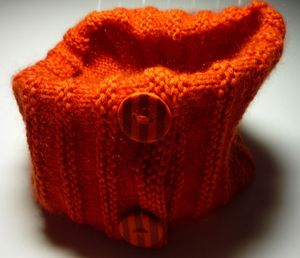 snood-orange-boutons-a-rayures-1