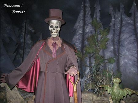 Halloween_phantom_manor__2_BPatFLy