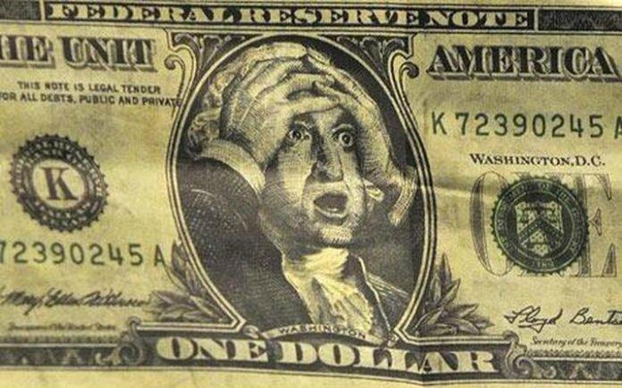 DollarMoneyCash-696x435