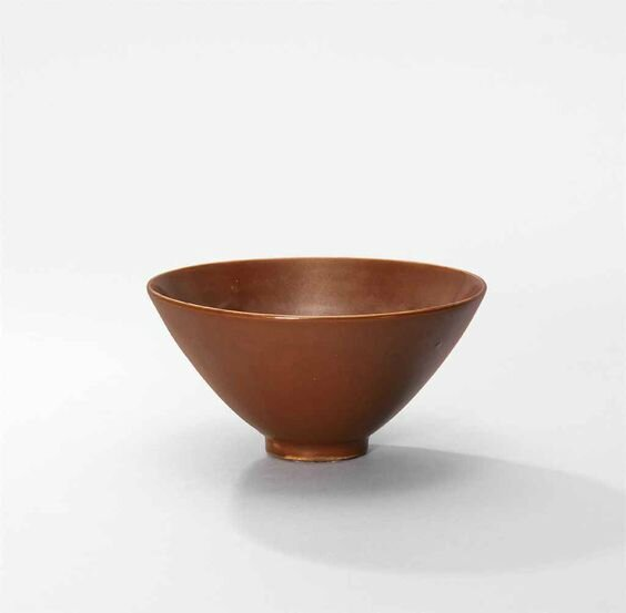 A Yaozhou persimmon-glazed tea bowl, Northern Song dynasty (960-1127)