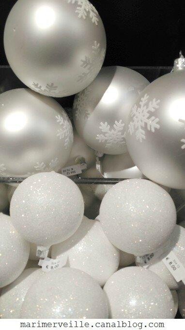 décorations de Noël Monts enneigés 5 -le bon marché - marimerveille
