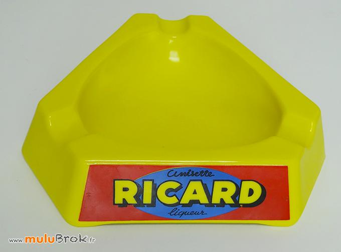 GRAND-CENDRIER-JAUNE-RICARD-1-muluBrok-Pub-Vintage