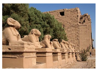 Egypte antique avenue des sphinx le Temple Tamon
