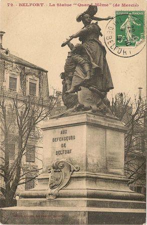 CPA Statue Quand-Même 001
