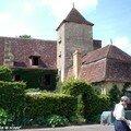 Apremont, village médiéval dans le Cher