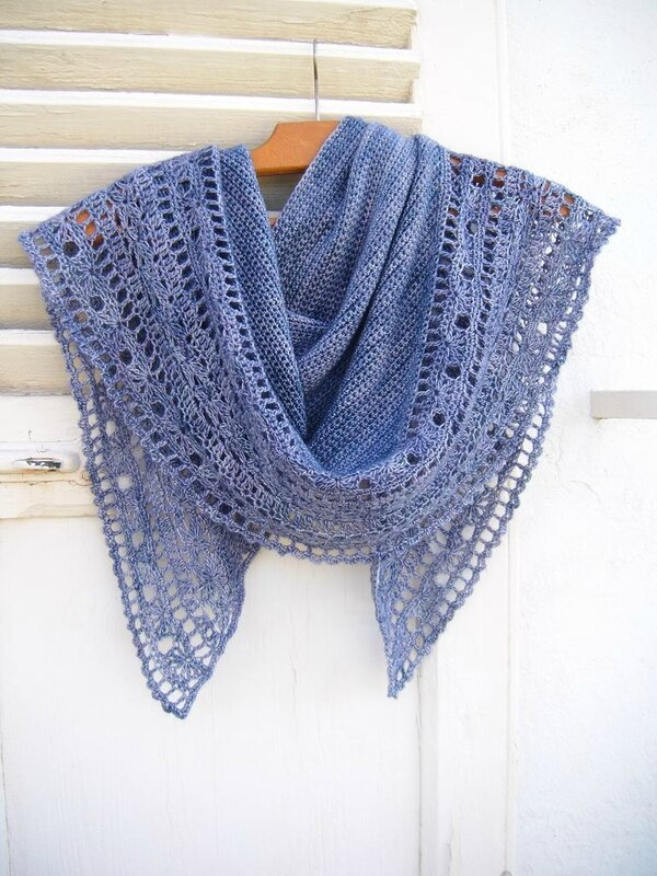 Muscari shawl crochet 105