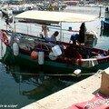 Ajaccio - Pêcheur dans sa barque