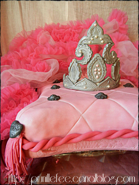 gumpaste princess crown and pillow cake