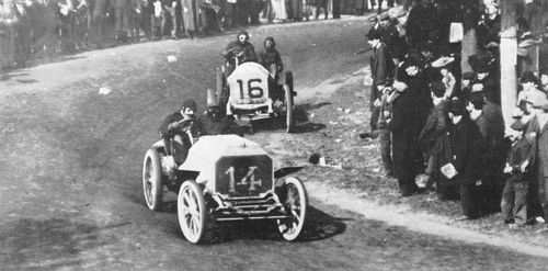 1905 vanderbilt cup - george heath (panhard) 2nd, louis chevrolet (fiat) acc 6 laps