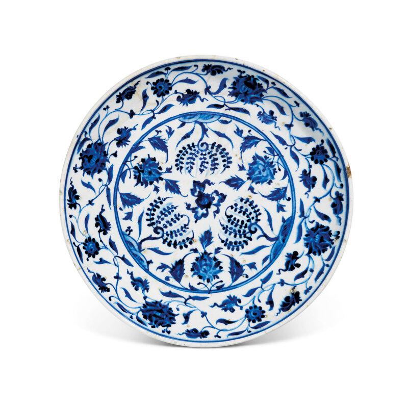 2021_CKS_19777_0077_000(a_rimless_iznik_pottery_dish_ottoman_turkey_circa_1530011113)