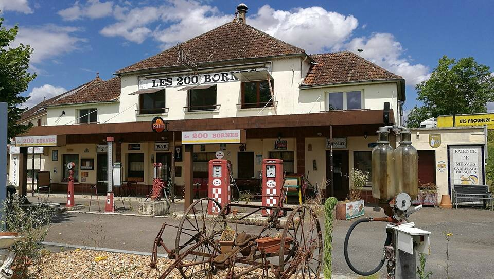 Pouilly-sur-Loire, ancien resto Les 200 bornes