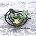 Barrette fil aluminium noir étoiles vertes
