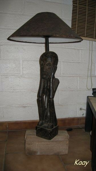 Lampe des Caraïbes avec pied bois flotté fait maison