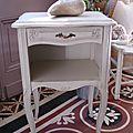 Table de nuit Style Louis XV Réf B098 (2)