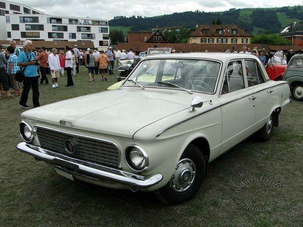 plymouth valiant v200 4door sedan 1963 a