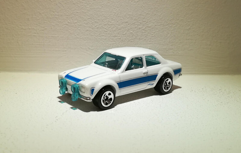 Ford Escort RS1600 de 1970 (Hotwheels) (3)