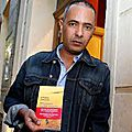 Ministère de la communication algérie: le strip tease kamel daoud , nu comme un vers de terre