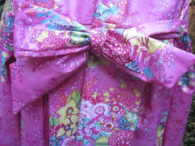 Ciré AGLAE en coton enduit Rose fushia imprimé fleuri, fermé par un noeud (7)