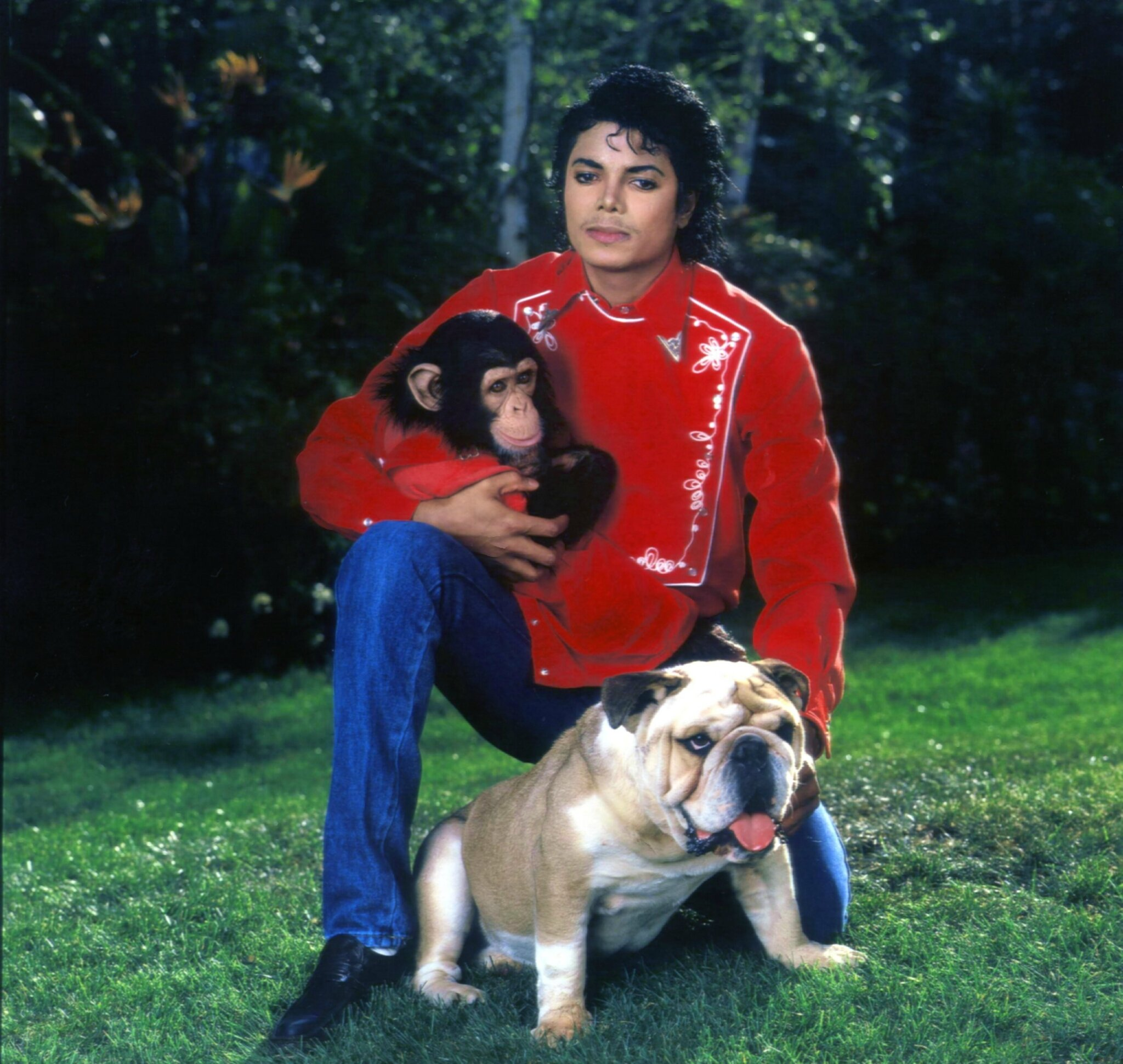 MJ-with-animals-michael-jackson-11640750-2560-2425