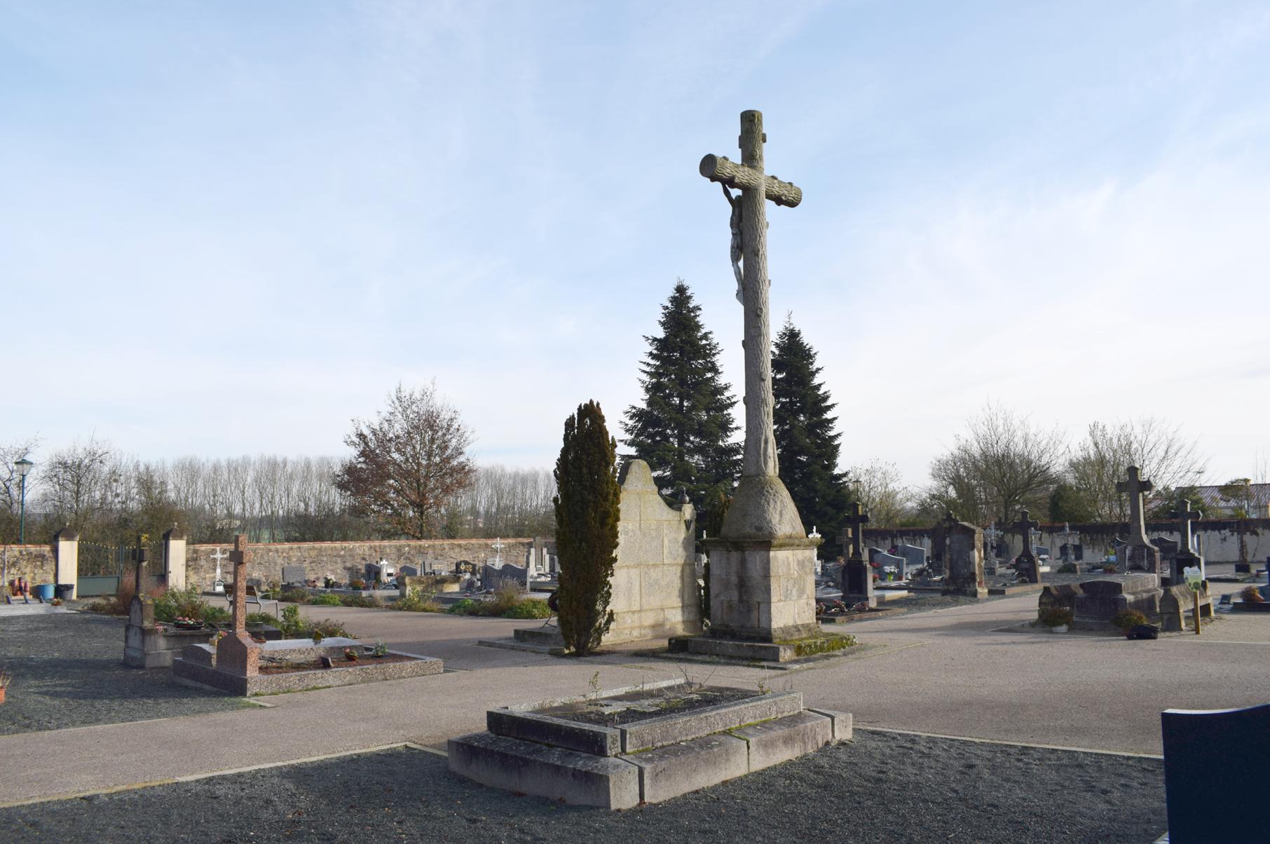 La tombe de « la Hussarde » est-elle condamnée ?