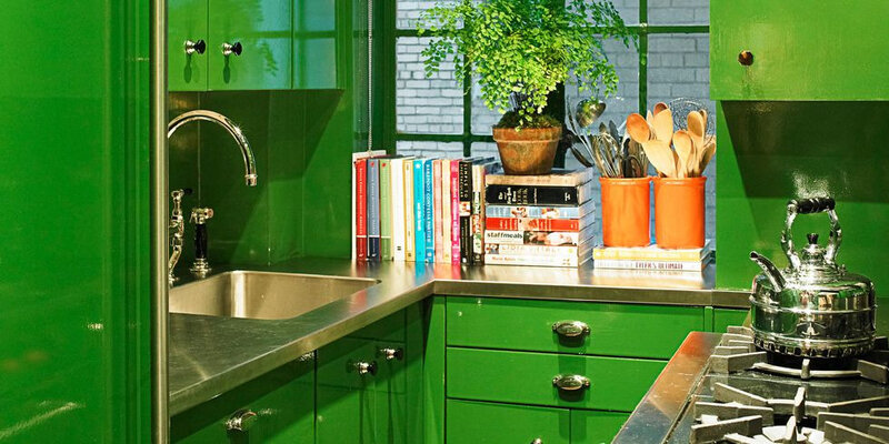 54c1753547cc6_-_01-hbx-green-painted-cabinets-0709-de