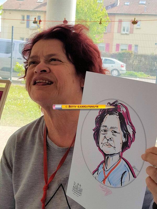animation caricaturiste hopital ehpad maison retraite medicalisee art-therapie artherapie caricatures personnes agees 0658265891 (9)