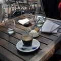 café avec Lydie au Buibui