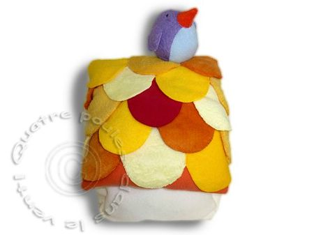 nichoir-jaune-oiseau-violet4