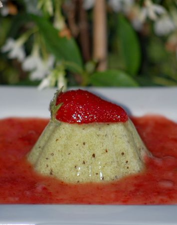 Flans_de_kiwis_agar_agar__coulis_de_fraise_022