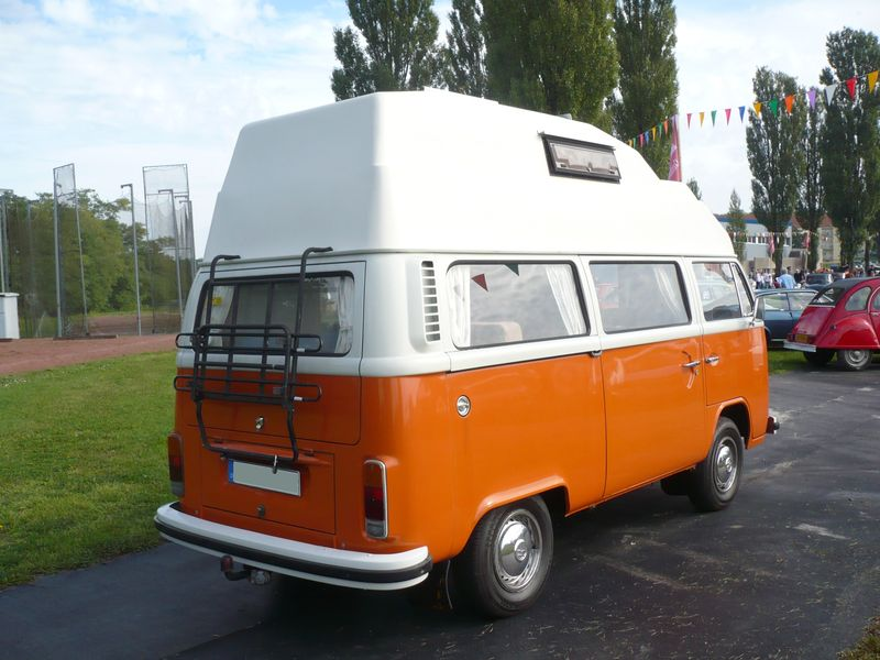 volkswagen combi type 2 sur lev camping car vroom vroom. Black Bedroom Furniture Sets. Home Design Ideas