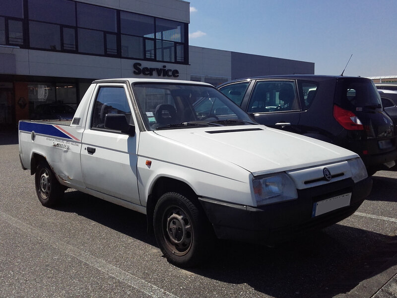 SKODA Favorit Pick-Up LX Haguenau (1)