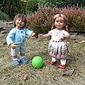 Rosine & tommy jouent dans le jardin