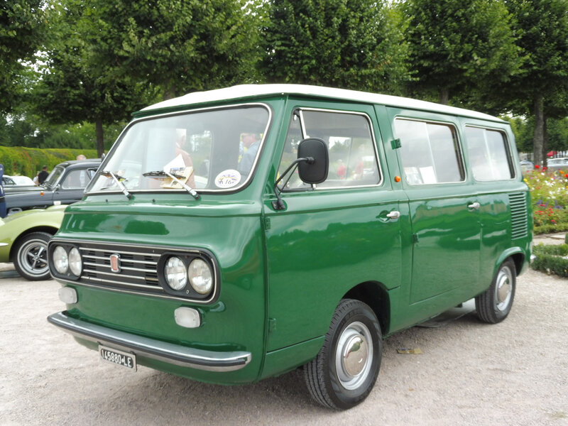 FIAT 850 Pulmino minibus 1975 Schwetzingen (1)