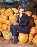 Norma_Jeane_With_Pumpkins_02