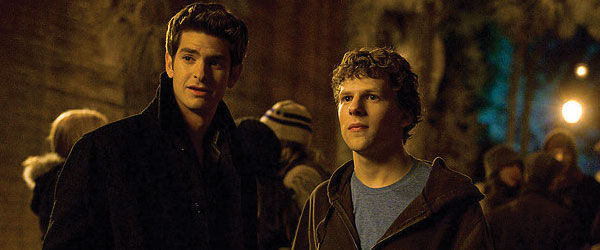 the_social_network_jesse_eisenberg_andrew_garfield_night_600x250_wd