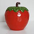 Objet vintage ... seau a glacon * fraise rouge