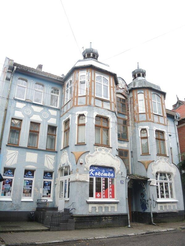 F) Zelenogradsk, derrière la façade maritime