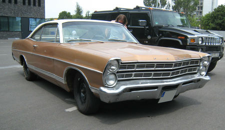 Ford_galaxie_500_01