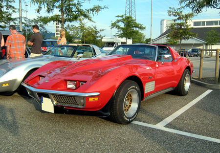Chevrolet_corvette_stingray_coupe__Rencard_du_Burger_King__01