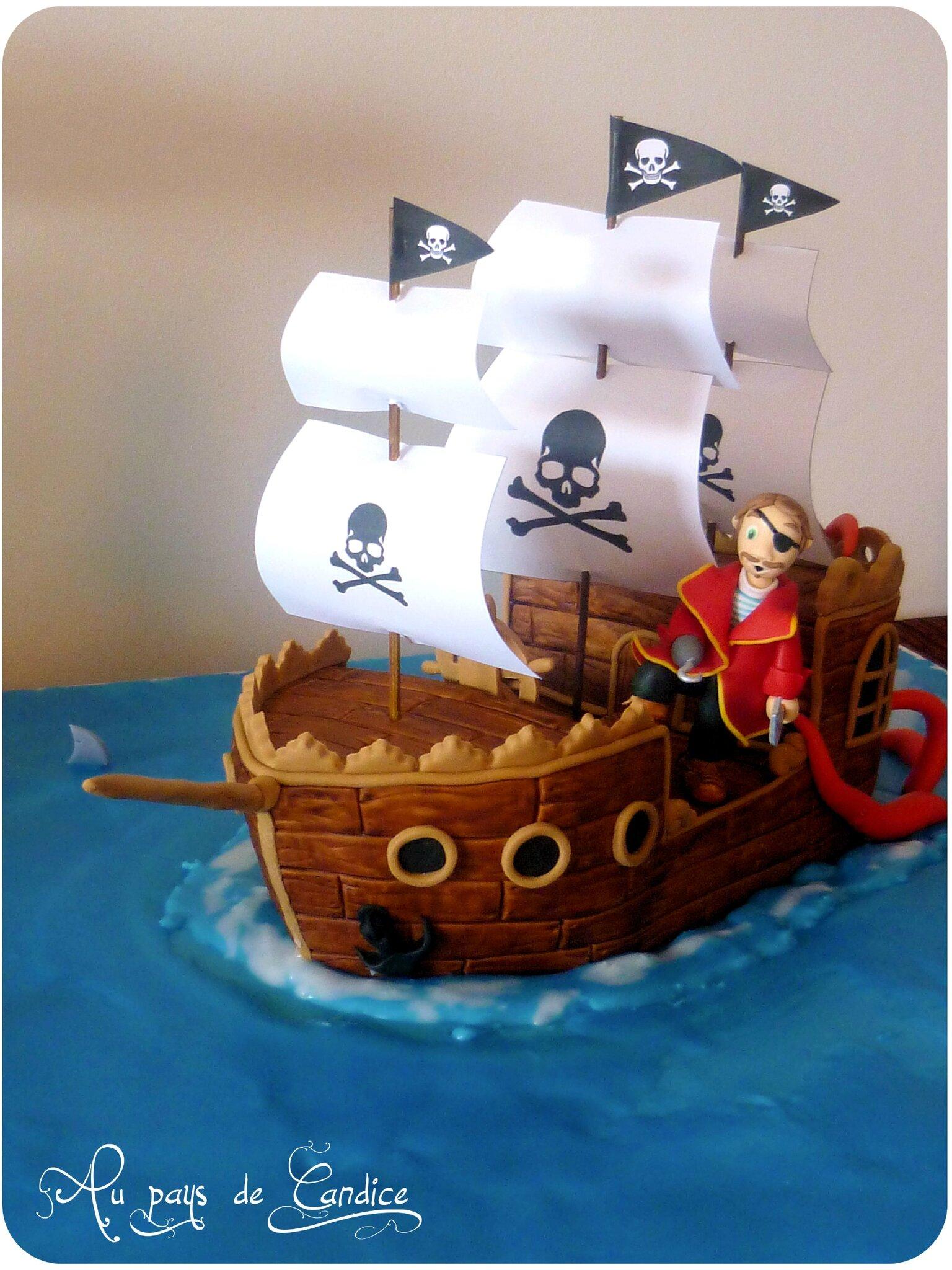 """Gâteau """"bateau pirate"""" (tutoriel)"""