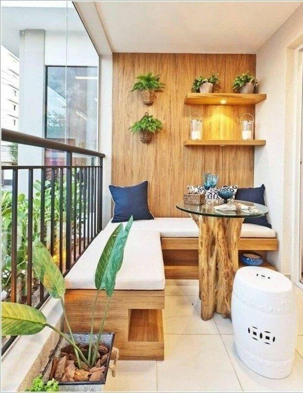 63aed29339d141c310b4f5d3805fe890--tiny-balcony-compact