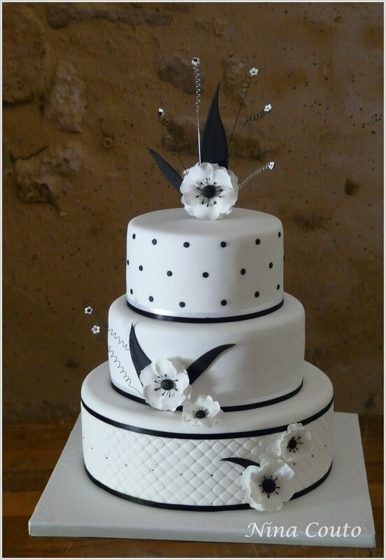 Wedding cake black white 2