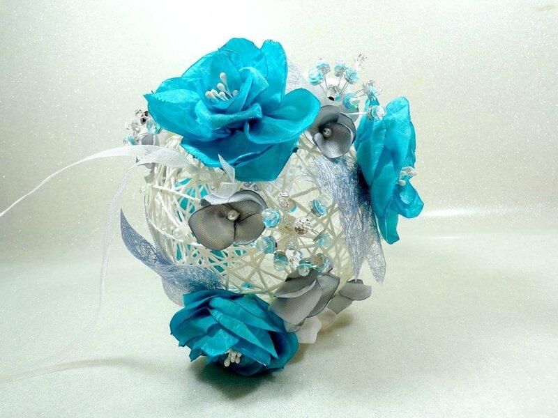 Boule fleur mariée turquoise blanc bouquet de mariée mariage
