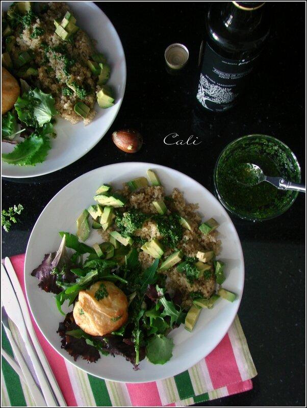 Salade de Quioa, Avocat & Chèvre Feuilleté, Vinaigrette au Cerfeuil 001