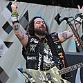 Soulfly-Dour-2014-1