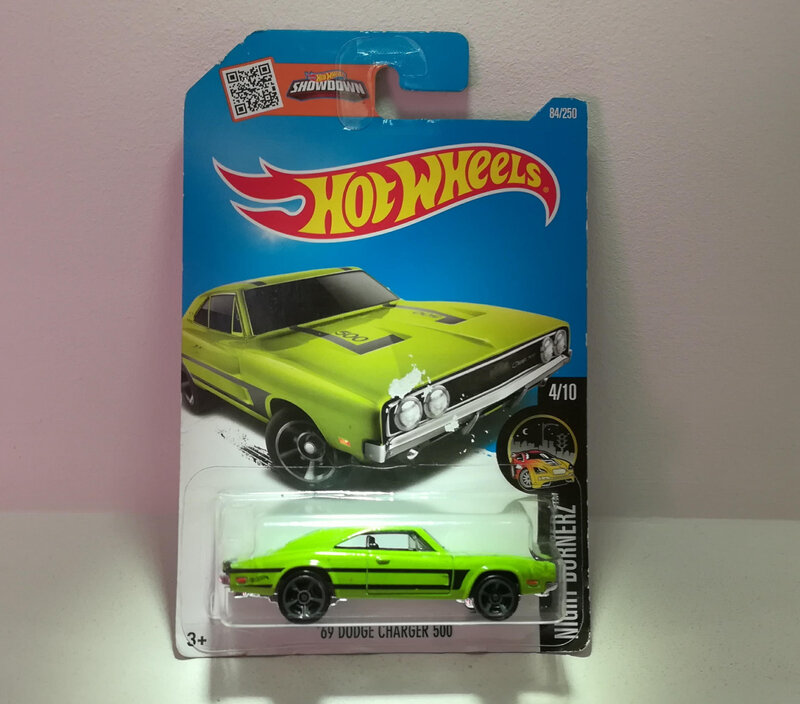 Dodge Charger 500 de 1969 (Hotwheels) 05