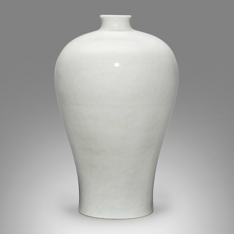 An exceptionally anhua-decorated tianbai-glazed meiping, Ming dynasty, Yongle period (1403-1424)
